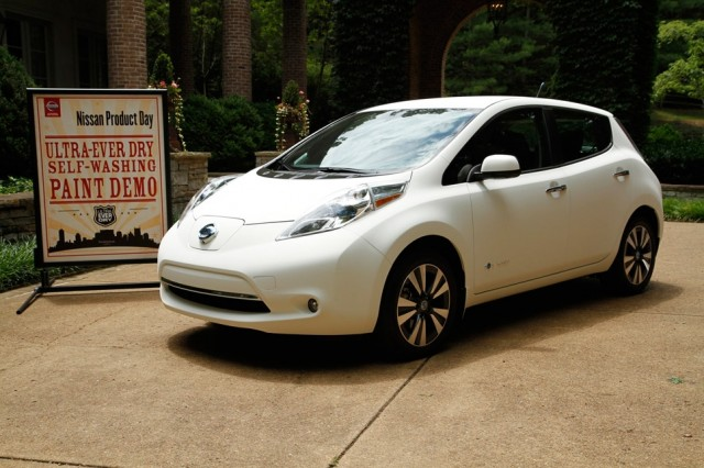 Nissan LEAF. 135 kms ciclo EPA, 199 kms ciclo NEDC