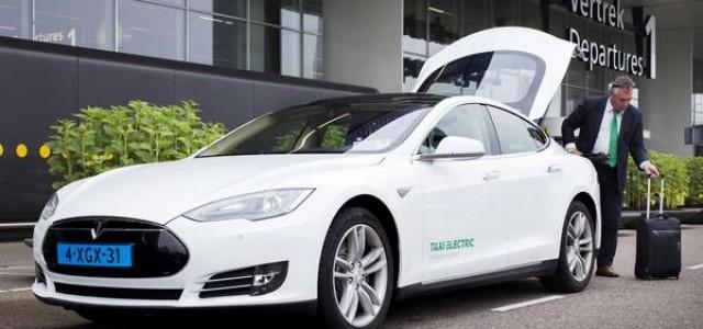 Amsterdam estrena su primer taxi Model S