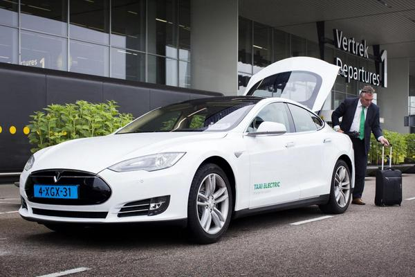 taxielectric-tesla-model-s