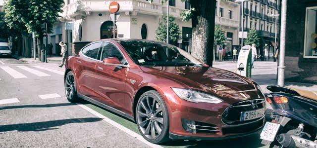 Nuevo leasing del Tesla Model S. Si no queda satisfecho, le devolvemos su dinero