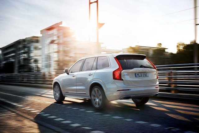 volvo-xc90-plug-in-2.jpeg