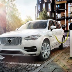 Volvo lanzará más híbridos enchufables a la vista del éxito del XC90 T8