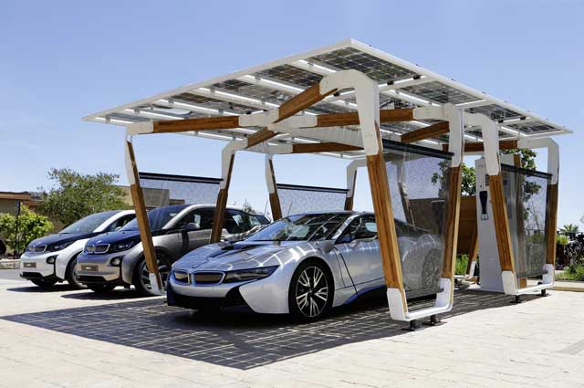 2014-bmw-i8-solar-carport-i3-front-three-quarter