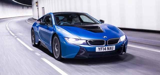 Según Jeremy Clarkson, el BMW i8 es verde como un Prius, y rápido como un Porsche 911