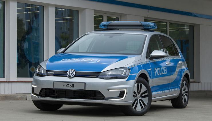 Polizei-Elektroauto-e-Golf-740x425_c (1)
