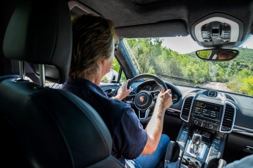 Porsche Cayenne S E-Hybrid-interior