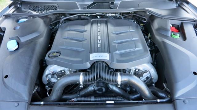 Porsche Cayenne S E-Hybrid-engine