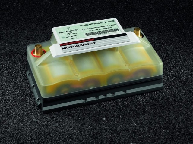 porsche-lightweight-lithium-ion-12-volt-starter-battery_100300526_m