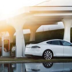 Tesla realiza cambios en el sistema de recarga gratuita e ilimitada en los Supercargadores