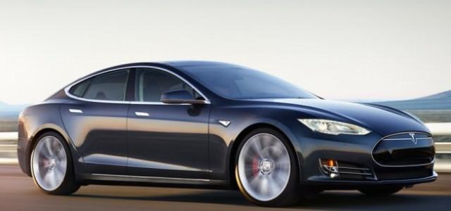 Efecto Tesla Model S D. ¿Qué hacemos ahora con los que se han comprado una unidad antes de la presentación?