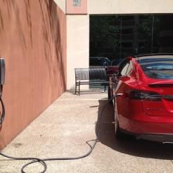 La otra red de recarga Tesla