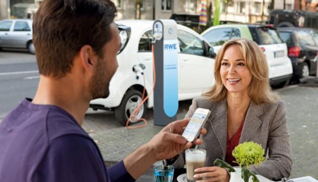 RWE-Elektroauto-aufladen-PayPal-740x425