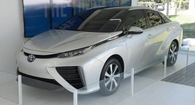 Toyota-FCV-0