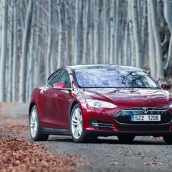 Tesla llama a revisión a 1.100 unidades del Model S en Noruega