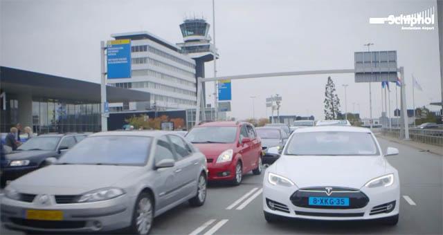 tesla-model-s-taxi-amsterdam