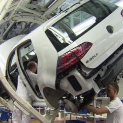 Volkswagen busca suministrador de baterías para sus coches eléctricos. Panasonic, LG…