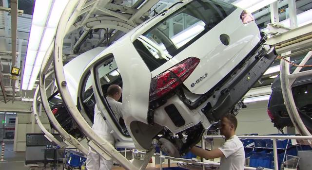 Volkswagen levantará una gigafábrica de baterías en Alemania, pero si hay cesiones por parte de los trabajadores