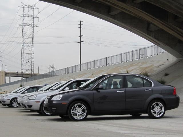2012-coda-sedan_100402146_m