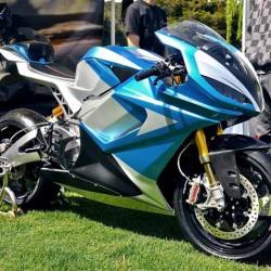 Lightning Motorcycles prepara una moto eléctrica con 800 kilómetros de autonomía