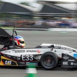 Récord de aceleración de un coche eléctrico. De 0 a 100 km/h en 1,785 segundos