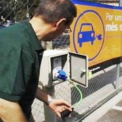 Los aparcamientos municipales de Barcelona contarán con 182 puntos de recarga para coches eléctricos