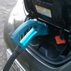 Las ventas de coches eléctricos podrían bajar un 20% a corto plazo, las de híbridos un 33%