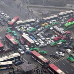 Un ministro chino indica que no deberíamos subvencionar a los coches eléctricos, si no a las bicicletas