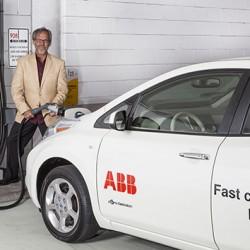 Según la ITC-BT-52 ¿Cuántos puntos de recarga para coches eléctricos se deben instalar?