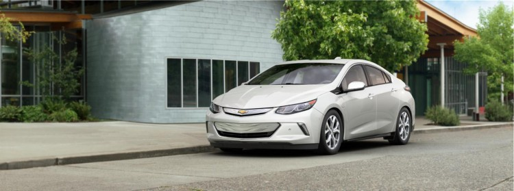2016-Volt-LTZ-Summit-White-750x279