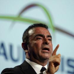 Carlos Ghosn habla del próximo Nissan LEAF en el Salón de Detroit. ¿400 kilómetros de autonomía?