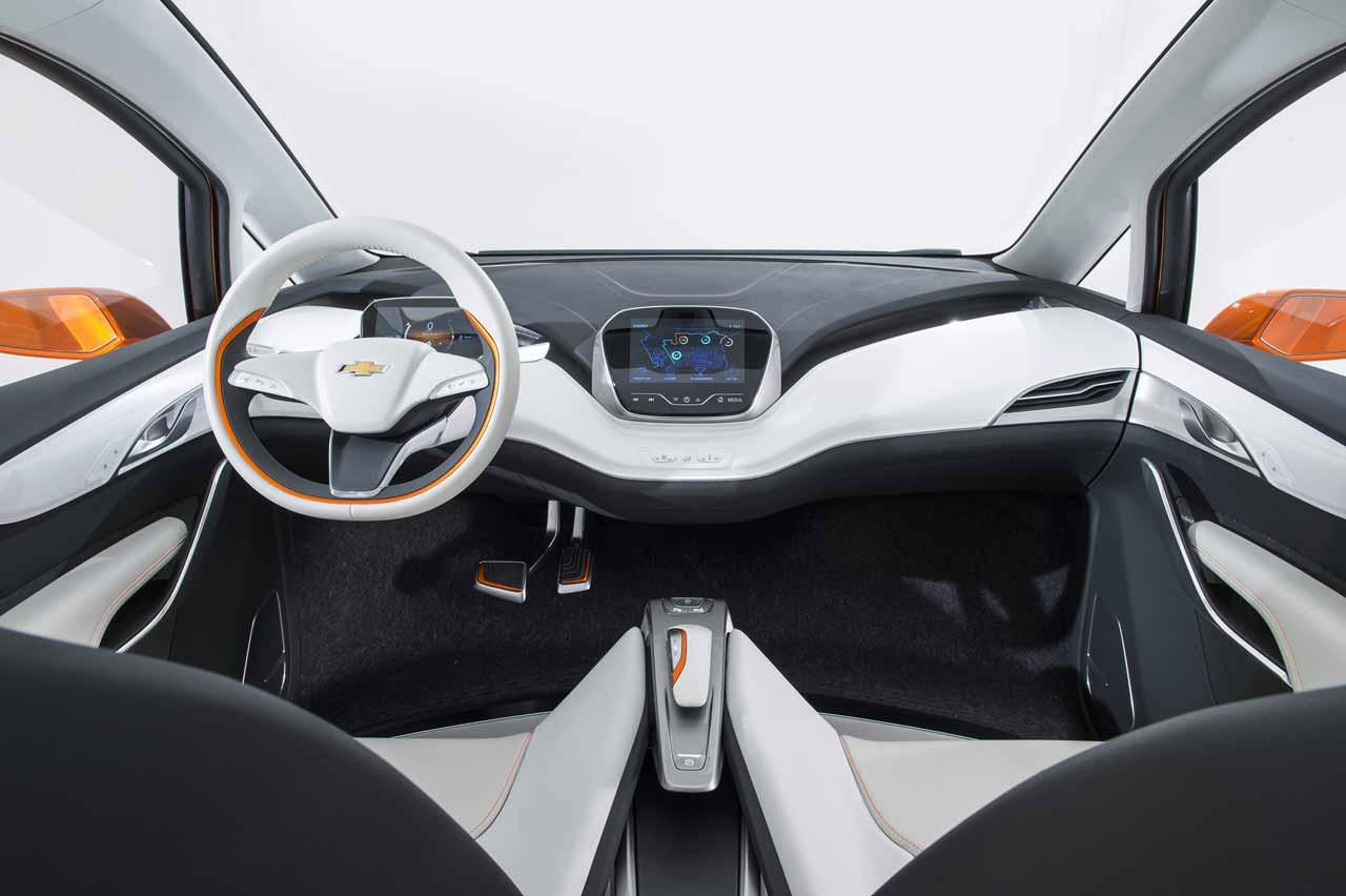 Chevrolet-BoltEV-Concept-interior-2