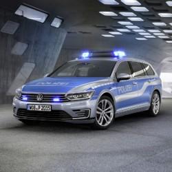 Volkswagen Passat GTE. El coche con el que sueñan los policías alemanes