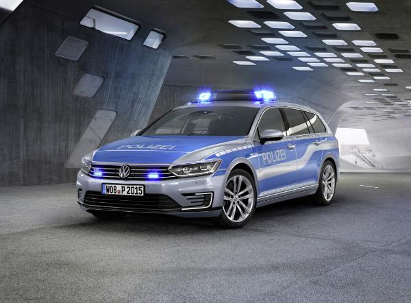 VW-Passat-GTE-Polizeiauto_Studie