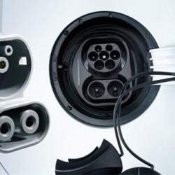 Volkswagen e IBIL llegan a un acuerdo que permitirá la puesta en marcha de puntos de recarga CCS