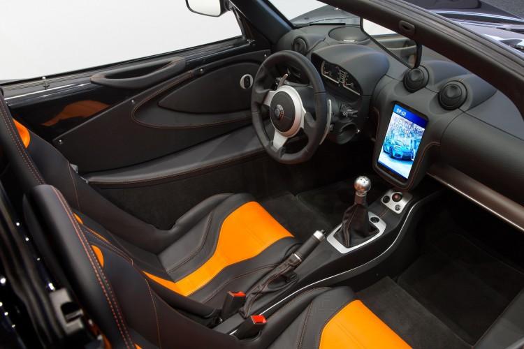 detroit-electric-sp01-interior