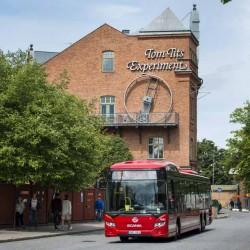 Scania probará autobuses eléctricos con recarga inalámbrica