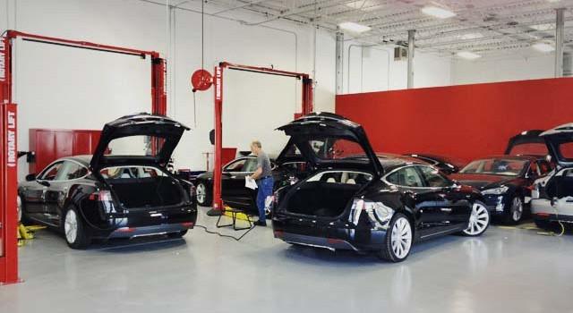 Tesla España responde. Servicio de grúa gratuito hasta Francia, servicio de reparaciones a domicilio. Actualizado