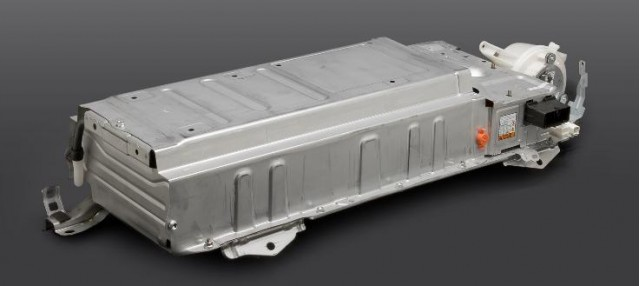 2010-toyota-prius-high-voltage-battery-pack_100179712_m