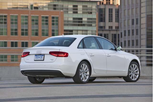 Audi A4 e-Quattro-back