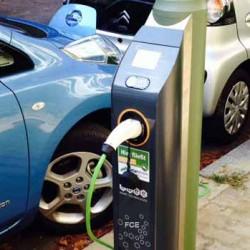 Berlín también se apunta a la conversión de las farolas en puntos de recarga para coches eléctricos