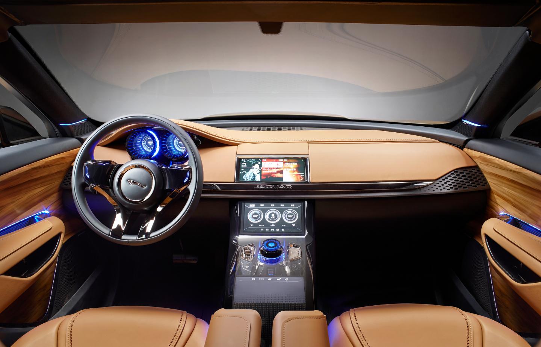 Jaguar F-Pace eléctrico-4
