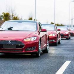 El Tesla Model S pierde hasta un 3% de batería por día cuando está aparcado