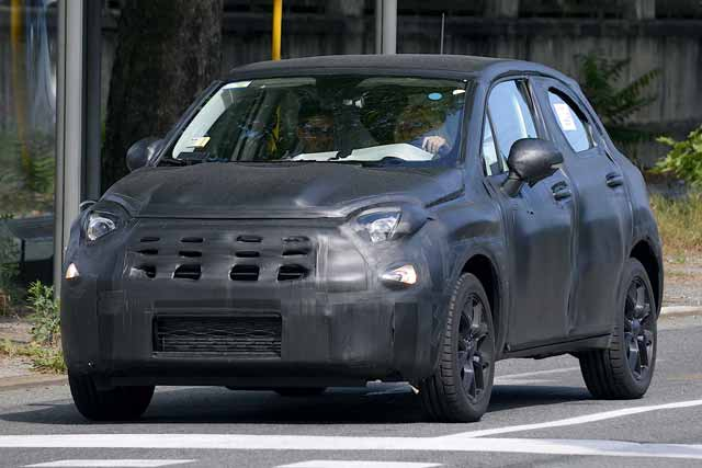 fiat-500x-interior-spied-up-close-photo-gallery_2