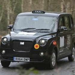 Los taxistas de Londres piden 500 puntos de recarga