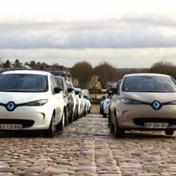 20 Renault ZOE 40 vigilarán la zona de aparcamiento regulado de Bilbao