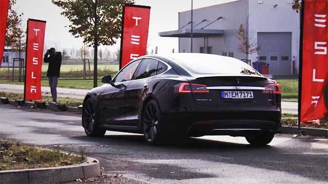 ab203eba2c3 Tiene realmente el Tesla Model S P85D 700 caballos de potencia