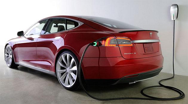 tesla-model-s-supercharger-2013-12-27-03