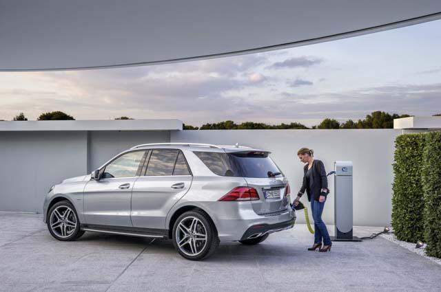 Mercedes-Benz GLE 500 e 4MATIC-3