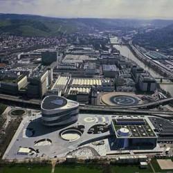 Daimler invertirá 1.000 millones de euros en modernizar su fábrica de Stuttgart, y prepararla para los nuevos sistemas de propulsión