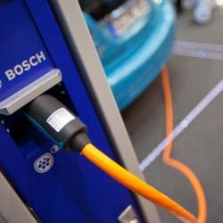 Bosch espera disponer de baterías con el doble de autonomía, la mitad de peso y la mitad de precio para el 2020